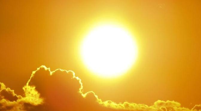 NASA toma imagen del sol para celebrar Halloween