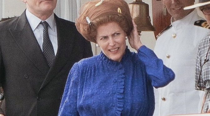 The Crown, nuevo tráiler e imágenes de Gillian Anderson como Margaret Thatcher