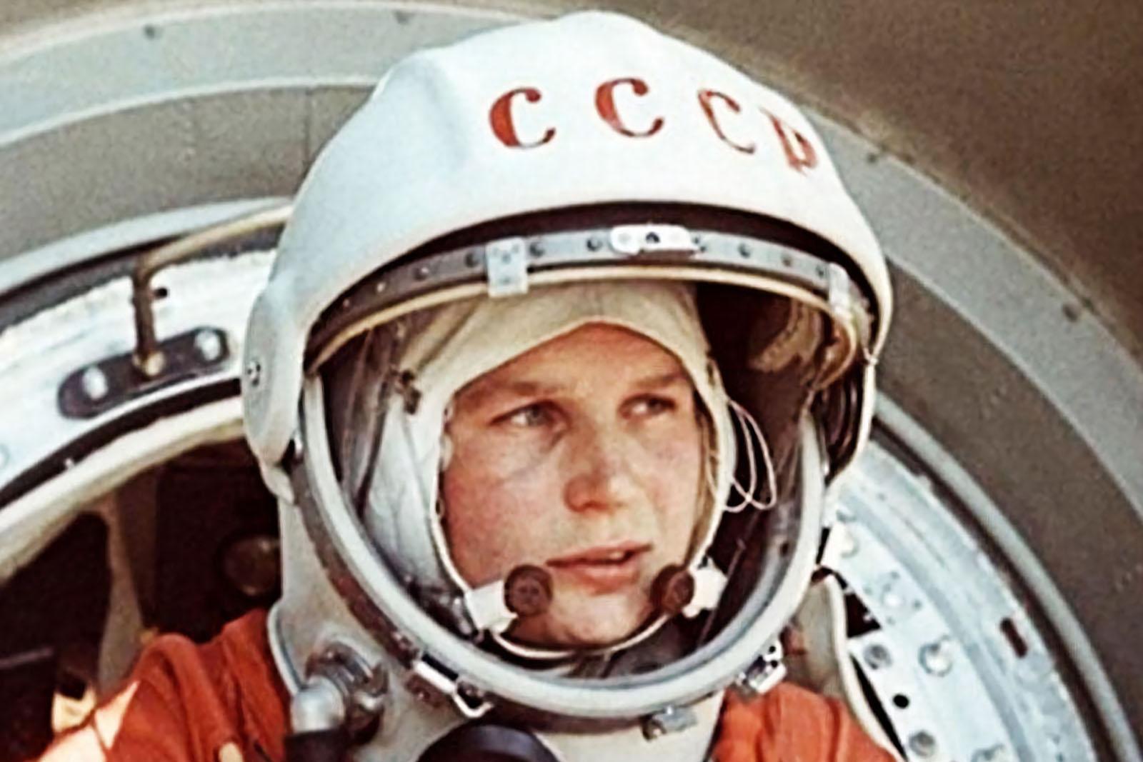 SPACE ODDITY: Yuri Gagarin, el primer hombre en el espacio