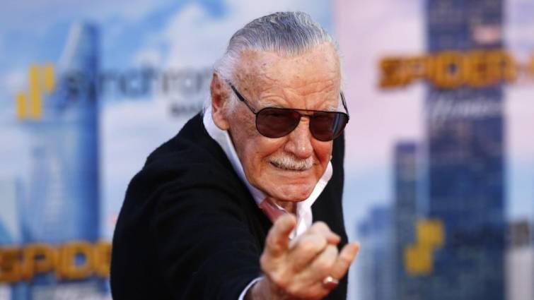 Al terminar la secundaria, Stan, obtendría un empleo en Timely Comics, la cual tiempo después cambiaría su nombre a Marvel Comics.
