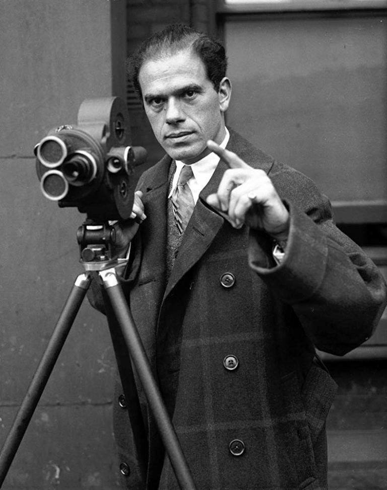 LOS PRIMEROS DIRECTORES: Frank Capra