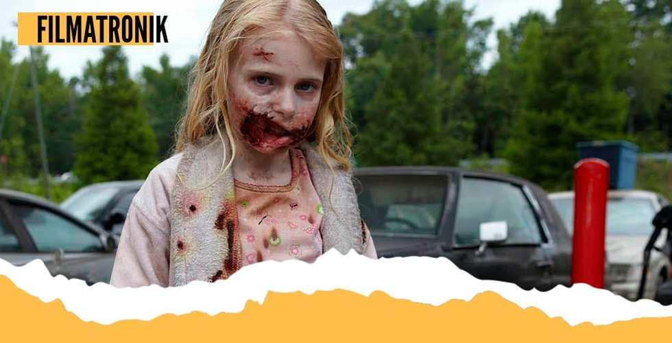 Radical cambio de la niñita zombie del primer capítulo de The Waling Dead